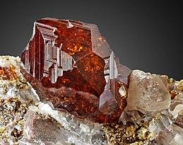 root-chakra-stones-garnet