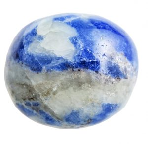 throat-chakra-stones-sodalite